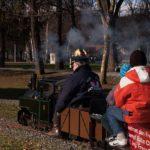 Sonne, Nikolaus und die Garten Eisenbahn